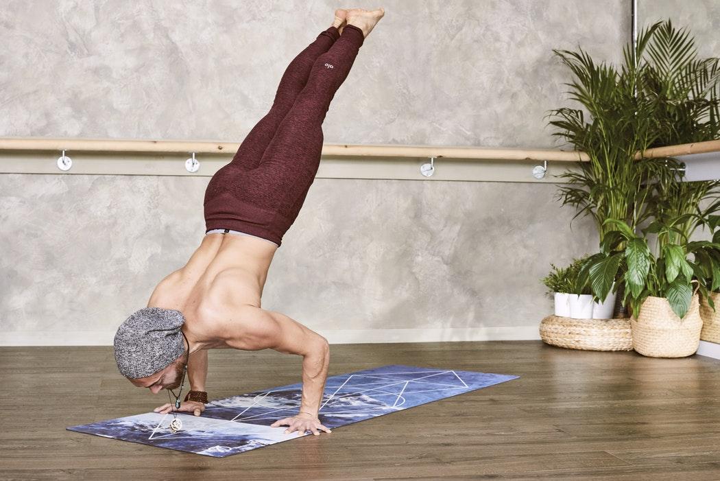 йога коврики с рисунком