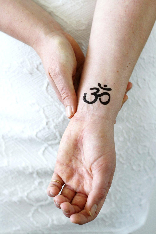 тату на тему йога
