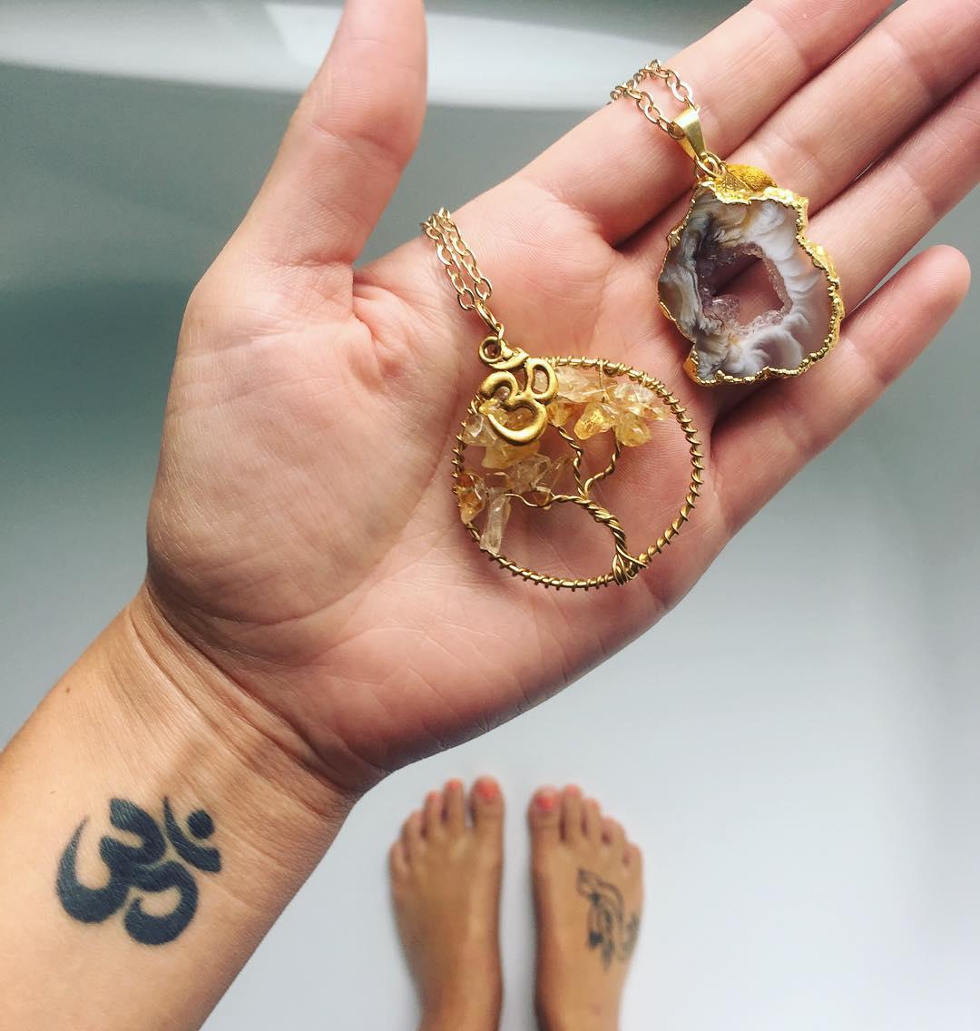 йога символы тату