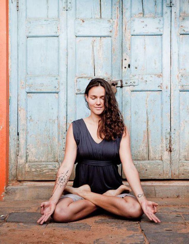 йога поза лотоса